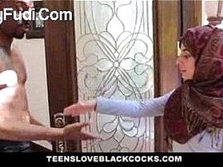 TeensLoveBlackCocks - Pakistani Teen Loves BBC--SexyFudi.Com