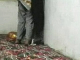 Afghan Married Woman But her husband is out of Afghanistan her need to unlawful sex