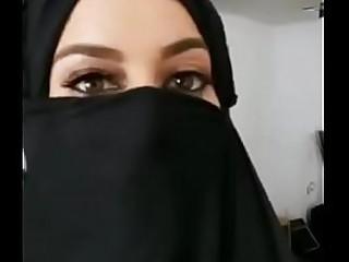 Arab Woman showing her big boobs