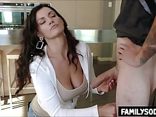 My sister and Mom love my big cock