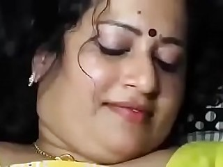homely aunty  and neighbour uncle in chennai having sex