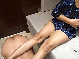 Desi Indian Bhabhi Enjoy With Own Servant